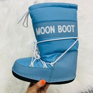 Other - Kids baby blue moon boot